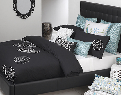 10 Quick and Easy Ways to Dress Your Bed - 5